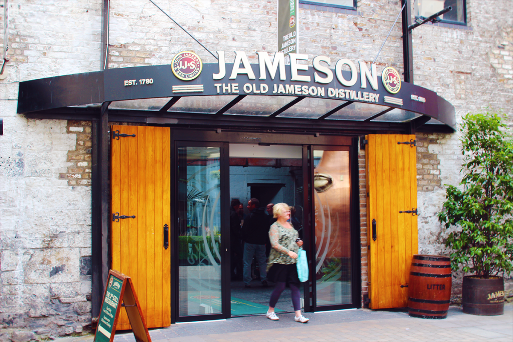 The Old Jameson Distillery 입구